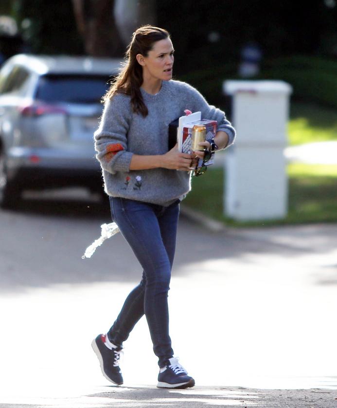 Feszülten indult a reggel Jennifer Garner és exférje, Ben Affleck számára