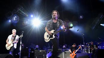 Több mint húsz év után koncertezik újra Magyarországon a Pearl Jam