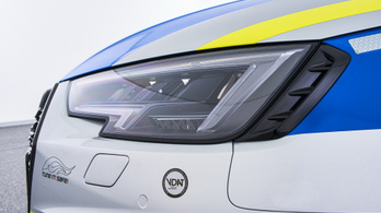 Jól áll az egyenruha az Abt RS4 Avantjának