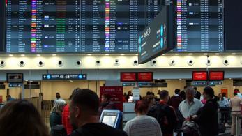 Tanár lophatott pénztárcát a Liszt Ferenc repülőtéren, órákig állt a gép miatta