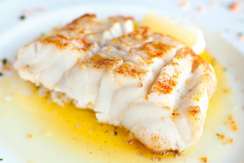 10 perces, omlós halfilé citromos vajmártással: halászlé helyett az ünnepi asztalra