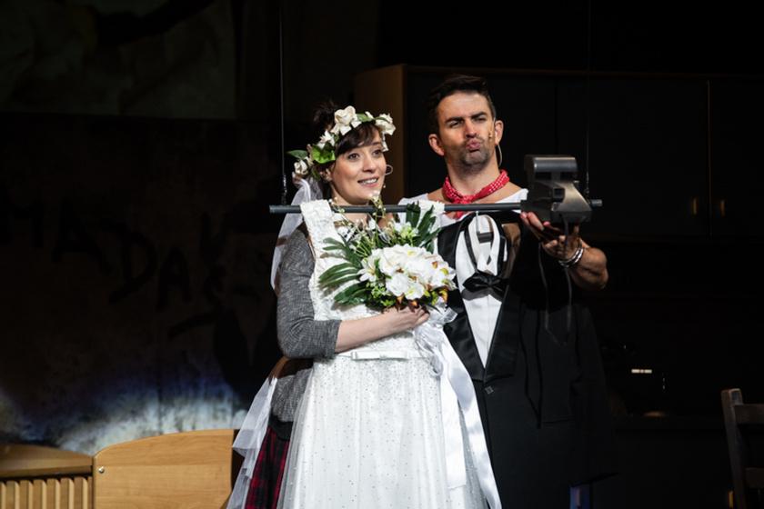 Farkasházi Réka, aki Feró szerelmét alakítja, és Kurkó József Kristóf, aki a fiatal Nagy Feró szerepét kapta meg.