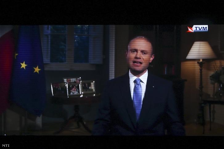 Joseph Muscat máltai miniszterelnök a közszolgálati televízióban sugárzott beszédében bejelenti lemondását 2019. december 1-jén.