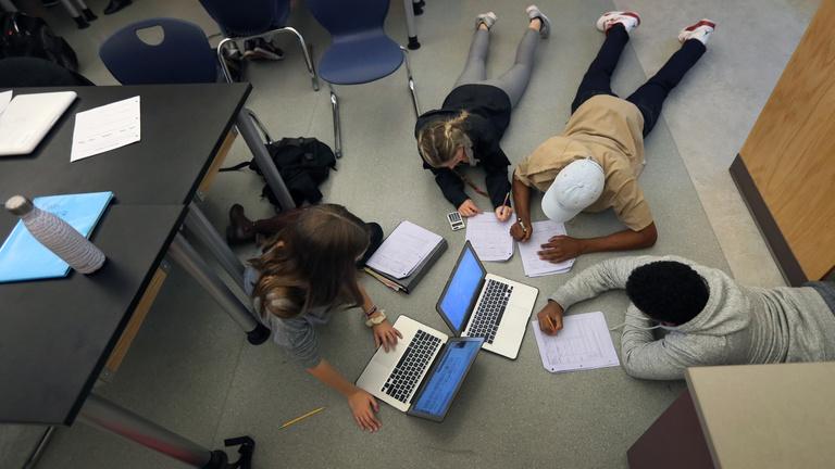 Újra kiállította a bizonyítványt a magyar iskolákról a PISA-teszt