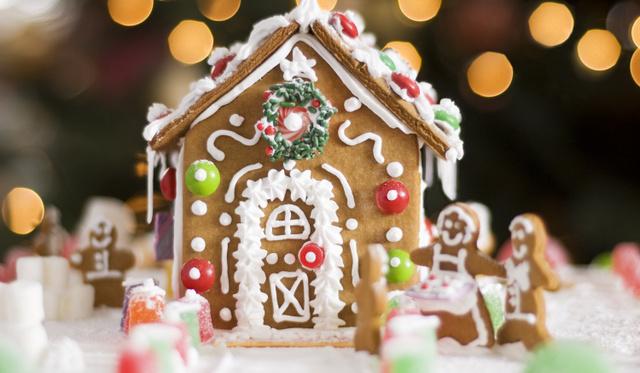 A legtutibb lakásdísz télen, ami ajándékba is tökéletes: mézeskalács ház