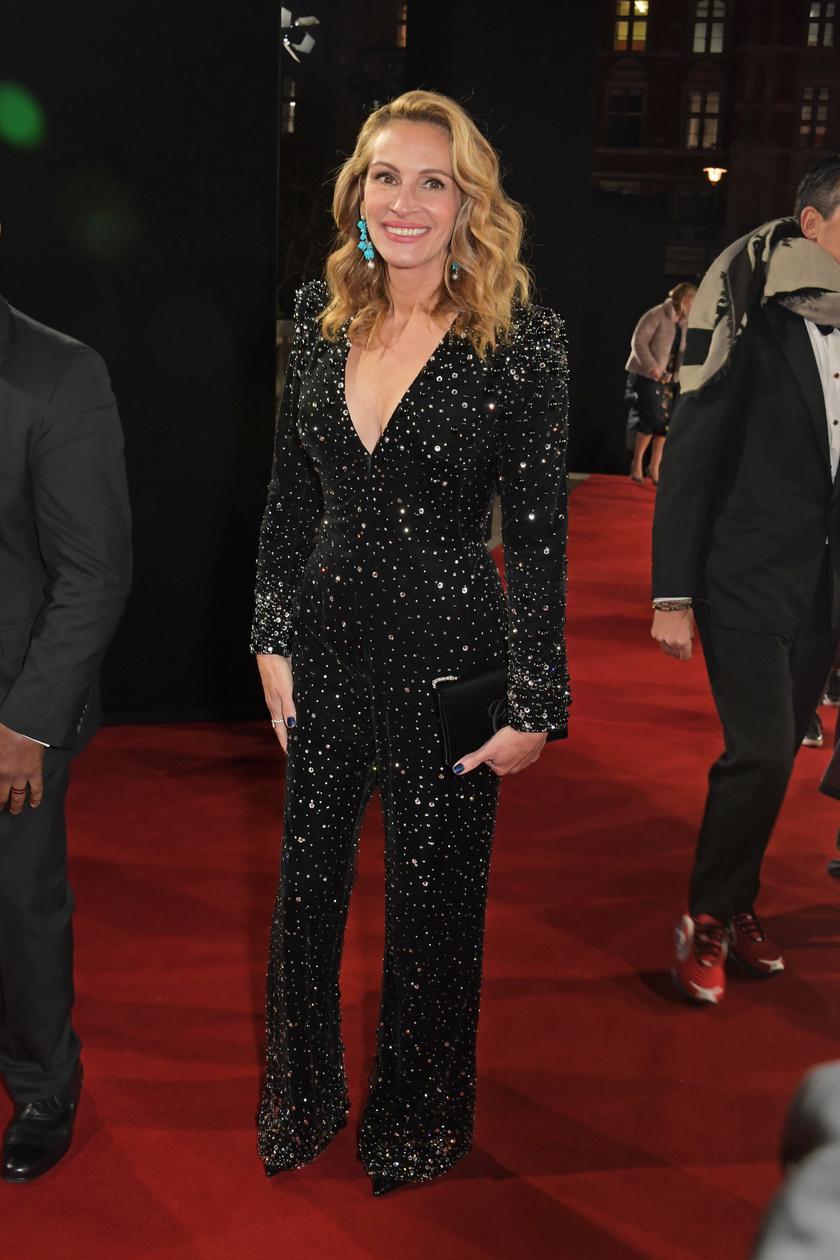 Julia Roberts egy Armani Privé overallt viselt.