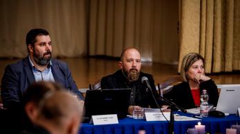 A megismételt választás után megalakult a képviselő-testület Jászberényben