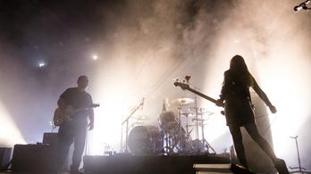 Budapestre jön a Pixies