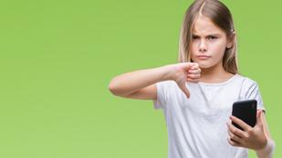Babamonitor, GPS-es karóra, okostelefon: veszélyes ennyit figyelni a gyereket