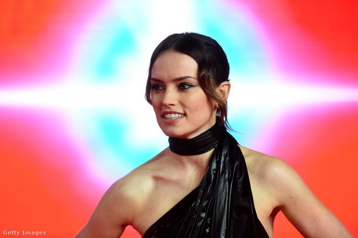 Daisy Ridley Az utolsó Jedik premierjén