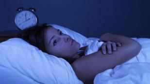 Sokat forgolódsz esténként? Így aludj el könnyen!