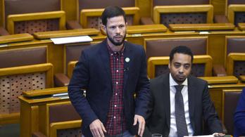 Mégis tárgyalja a parlament a klímavészhelyzetet