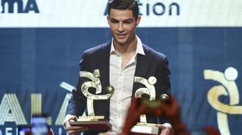 Ronaldo az Aranylabda helyett az Év Játékosa díjjal vigasztalódhatott