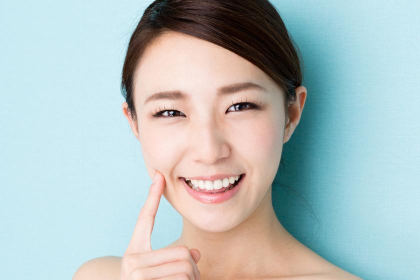 Direkt teszik tönkre tökéletes fogsorukat a japán nők - Ezért költenek rengeteget a szabálytalan mosolyra