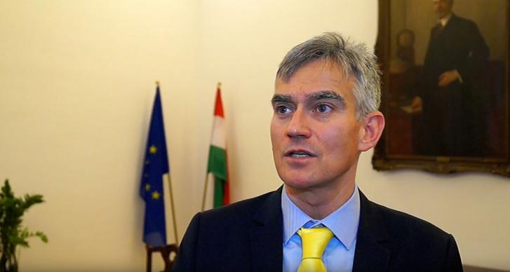 György Barna Senyei