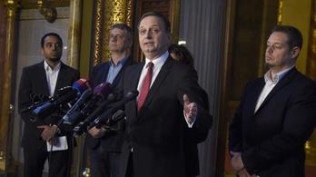 Az ellenzék szerint a demokrácia megcsúfolása a tisztán fideszes új Médiatanács