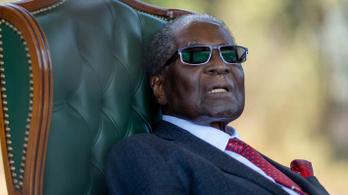 Három milliárd forint, négy ház, tíz autó és egy farm maradt Mugabe után