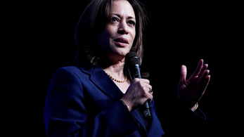 Nagy reményekkel indult demokrata elnökjelölt szállt ki