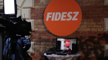 """A gyöngyöspatai romák kártérítési ügye és a """"börtönbiznisz"""" is téma lesz a Fidesz frakcióülésén"""