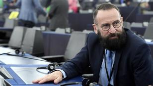 Szájer József bocsánatot kért a spanyol nagykövettől