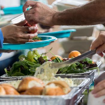 Vásárolj egy ebédet, támogasd a rászoruló gyermekeket – Jótékonysági főzés lesz az adventi hétvégén