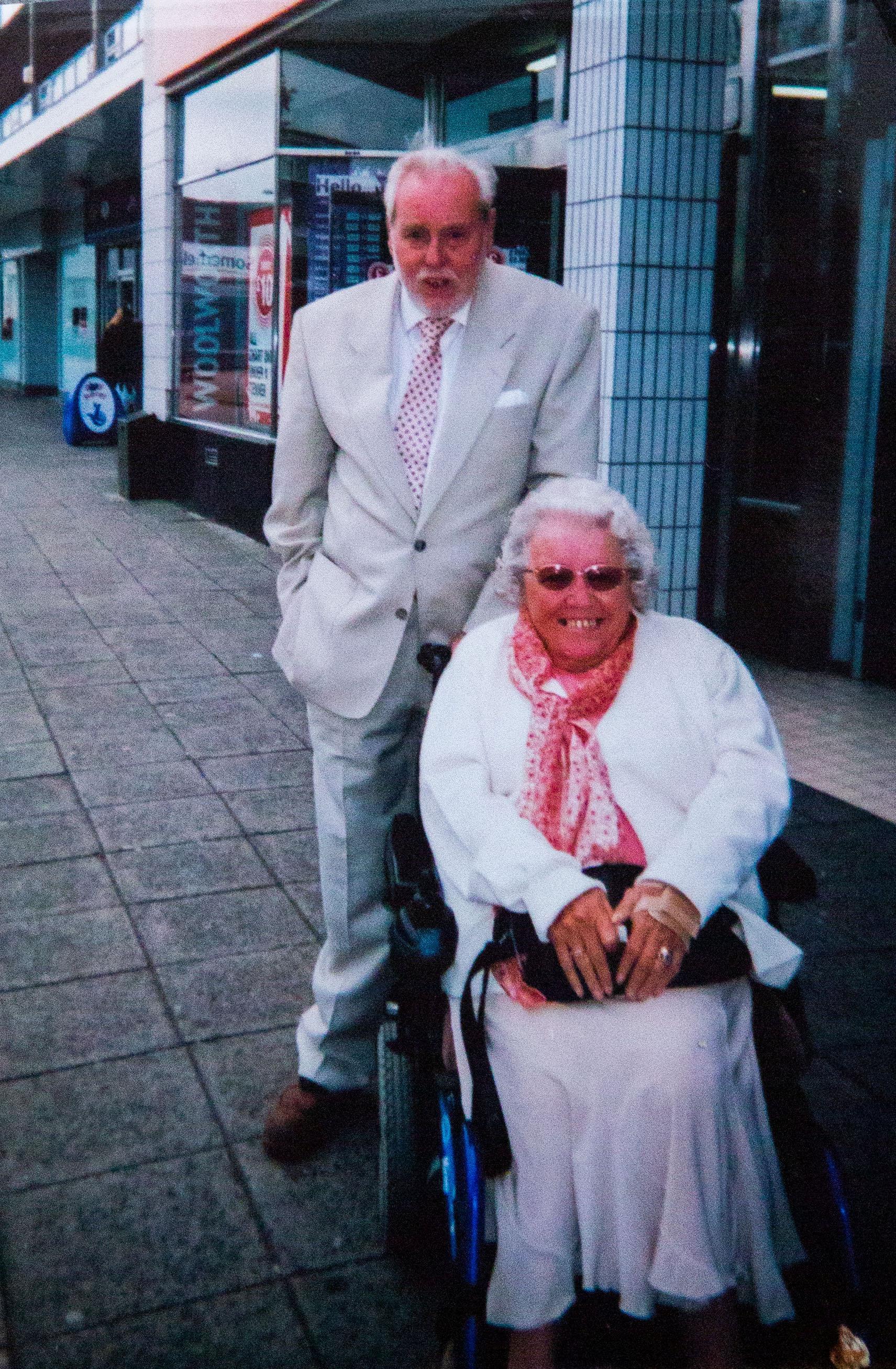 randevú egy idősebb ember történeteket
