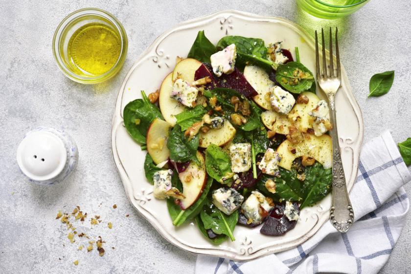diós gorgonzolás saláta