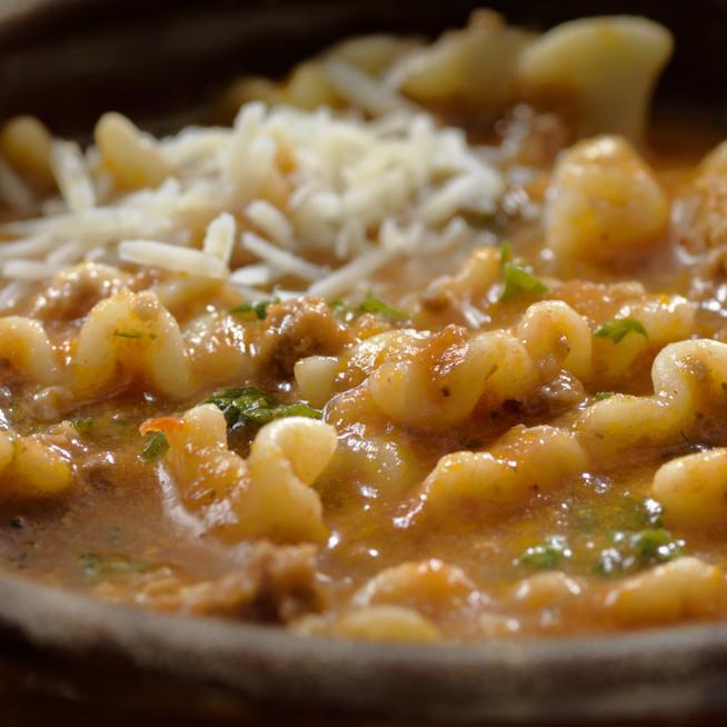 A lasagne tésztája levesben is tökéletes – Így még jobban esik majd kanalazni