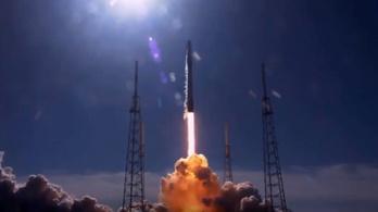 Már viszi az űrbe az árpamalátát a SpaceX hordozórakétája
