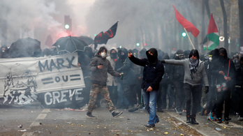 Könnygáz és káosz Franciaországban