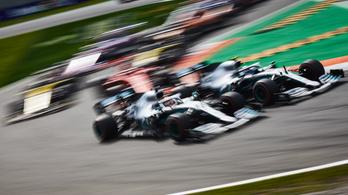 Öt és fél millió dolláros nevezési díjat fizet a Mercedes az F1-ben