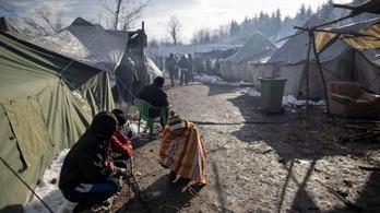Bosznia bezárja az egykori aknamezőn épült, víz és áram nélküli menekülttábort