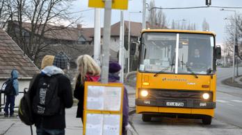 Január 7-ig jók a decemberi bérletek vonatokon és Volán-járatokon