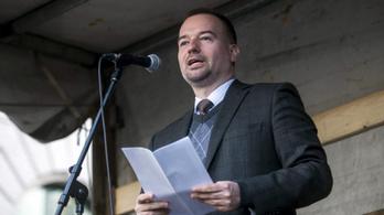 Kirúgták az NKE oktatóját, amiért szexista megjegyzést tett egy kormányközeli intézet munkatársaira