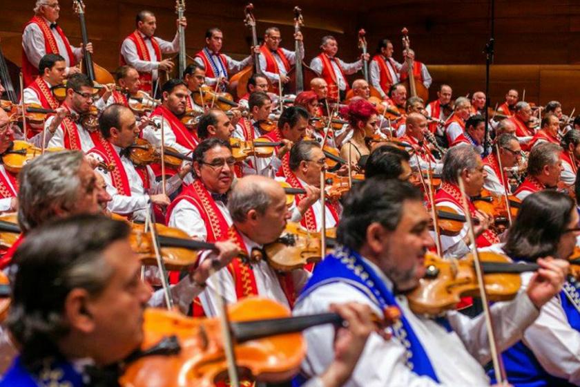 A 100 Tagú Cigányzenekar Kossuth-díjas sztárvendéggel ad jubileumi koncertet