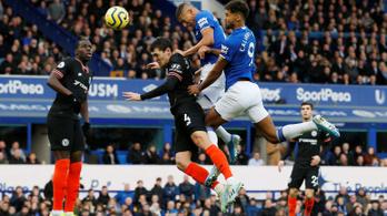Bejött az edzőváltás, elkapta a Chelsea-t az Everton