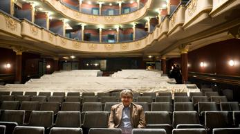 Eltussolhattak egy zaklatási ügyet a Dörner György-féle Újszínházban