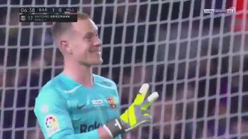 A szezonban másodszor adott egészpályás gólpasszt a Barcelona kapusa
