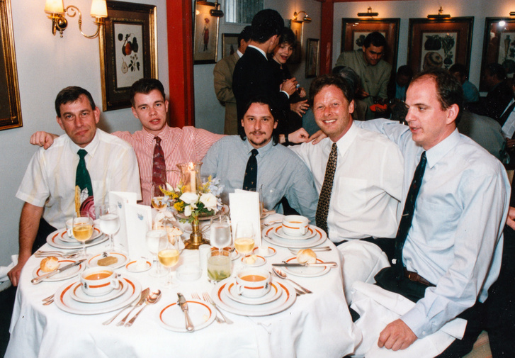 A teljes csapat balról jobbra: Földvári András (A2), én, Vass Péter (HVG), Dános András (Opel) és Tóthmátyás Tibor (Motor-Presse, autópiac)