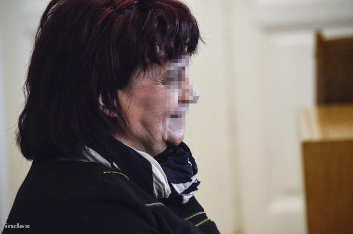 D. Sándorné a 2017-es tárgyalásán a Szolnoki Törvényszéken november 6-án