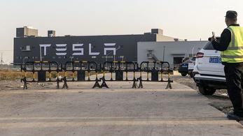 Állami támogatás járhat Kínában az ott gyártott Tesla járművekért