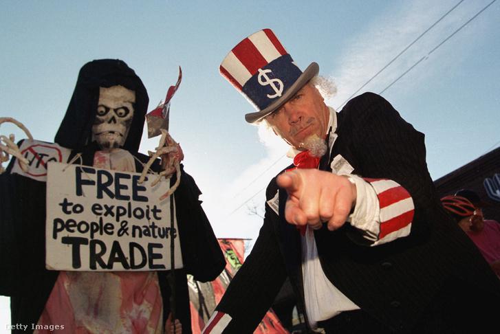 WTO ellenes tüntetők Seattleben 1999. november 28-án