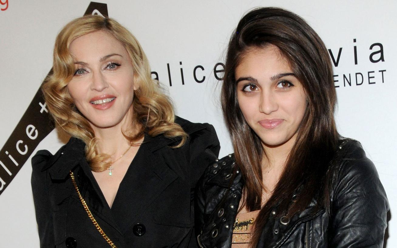 Madonna-és-lourdes