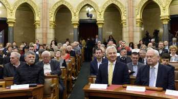 Szerdán döntenek a kulturális törvénycsomagról