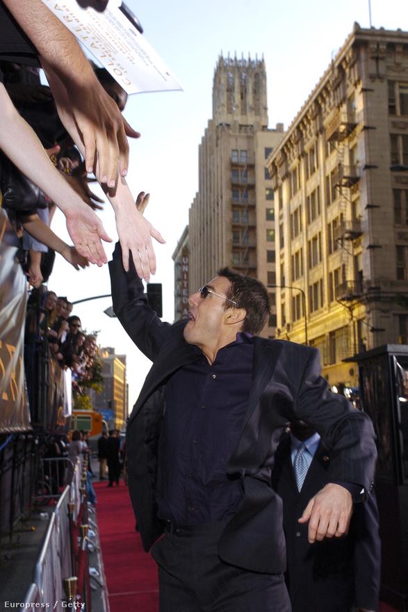 Szintén 2004-ben, a Collateral - A halál záloga című bérgyilkosos film bemutatóján üdvözli a rajongókat.