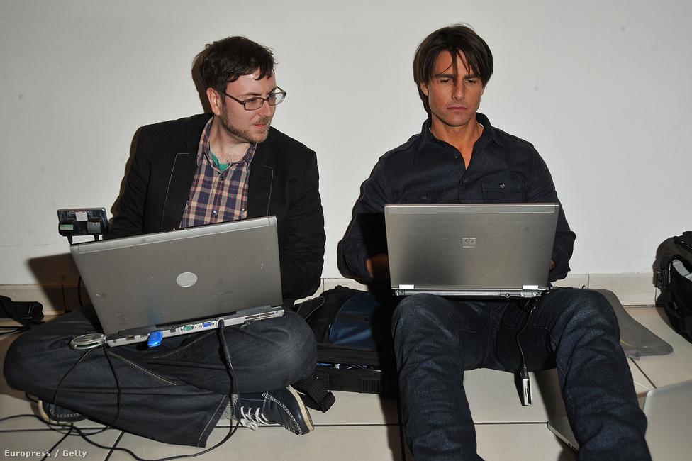 Brett Sykes, a Getty Images egyik szerkesztője ült Tom Cruise mellett a 2010-es Kéjjel nappal akcióvígjáték bemutatójára várva Londonban. A színész még néhány tanácsot is adott a szerkesztőnek a képek válogatásakor.