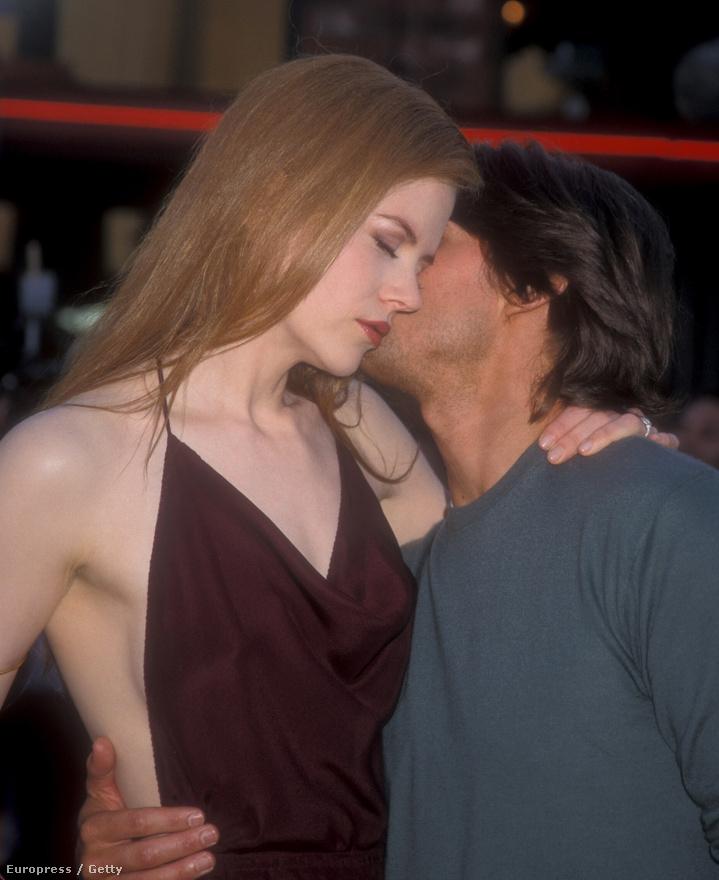 Tom Cruise és Nicole Kidman a Tágra zárt szemek bemutatóján, a kép alapján még boldognak tűnnek, pedig a kapcsolatuk itt már erősen leszálló ágon volt.