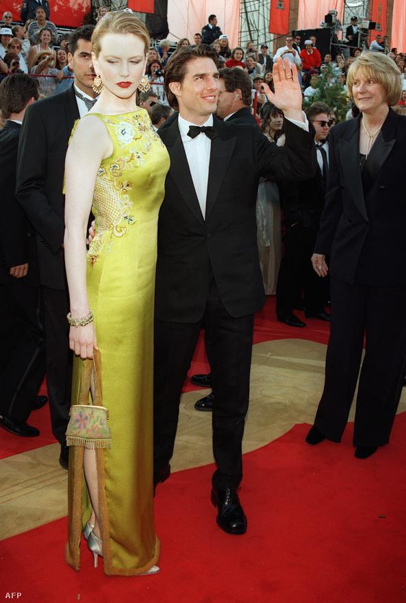 Tom Cruise felesége oldalán jelöltként érkezik az 1997-es Oscar-gálára. A színészt a Jerry Maguire című filmjéért jelölték Oscarra. Nem kapta meg.