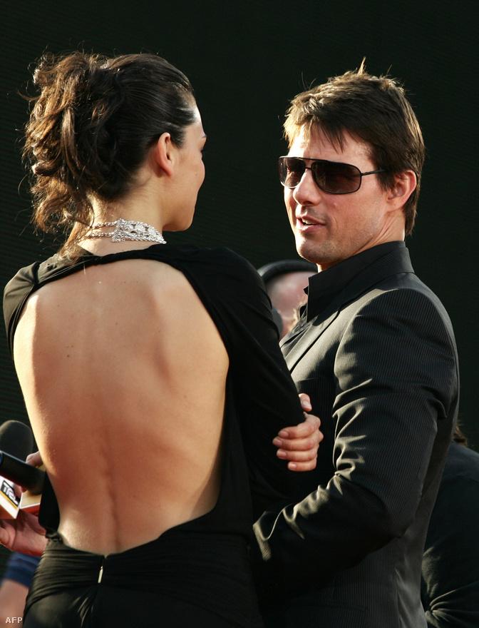 2006-ban kedélyesen beszélgetett a Mission Impossible 3 bemutatóján egy olasz riporterrel. Ekkor Cruise már leginkább akciósztárként volt ismert, évek óta nem csinált romantikus vagy egyéb filmet.