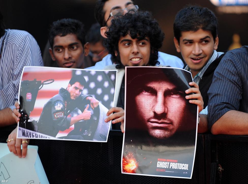Indiában Tom Cruise-t várják, aki azért érkezett az országba tavaly, hogy a Mission Impossible negyedik részét népszerűsítse. Egyes források szerint fizetésért  rajongtak a helyiek.
